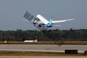 z21636130IF,Boeing-787-10